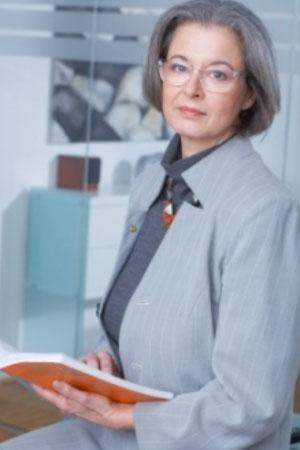 """""""Vorbeugen bereits vor den ersten Warnzeichen"""" Dr. Margot Schmitz, Fachärztin für Psychiatrie und Neurologie"""