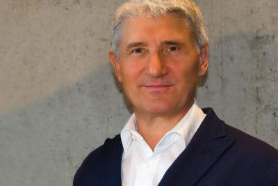 Dr. Michael Schmitz
