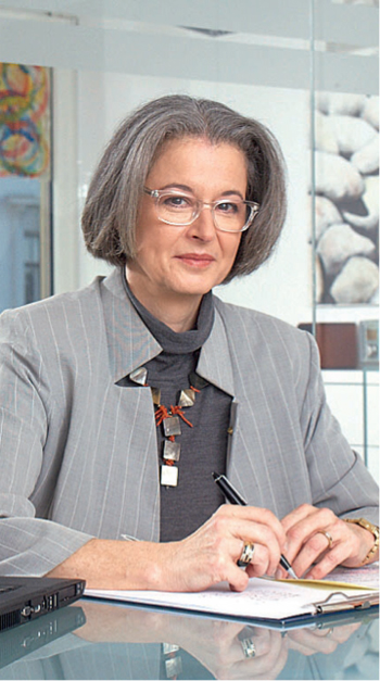 Dr. Margot Schmitz